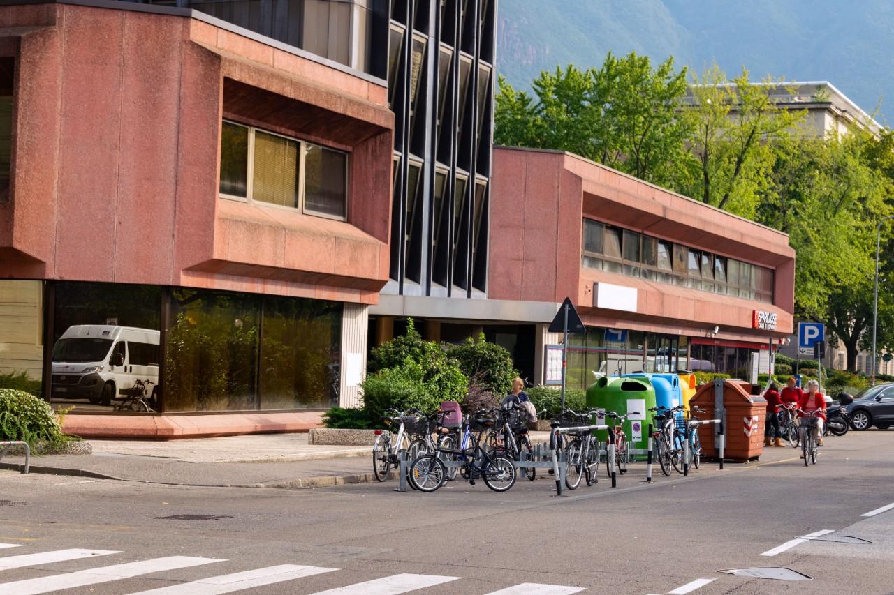 DA INVESTIMENTO: UFFICIO NEI PRESSI DI PIAZZA TRIBUNALE