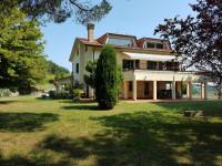Villa con giardino a Candelara di Pesaro