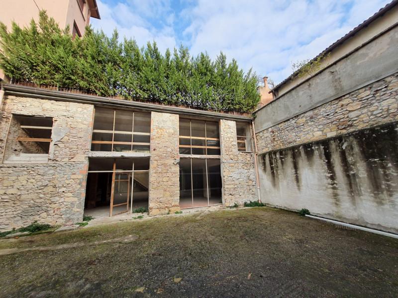 Magazzino in vendita a Verona, 9999 locali, zona Località: Verona, prezzo € 1.000.000   CambioCasa.it