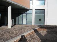 Vendesi bellissimo negozio a Castelmaggiore
