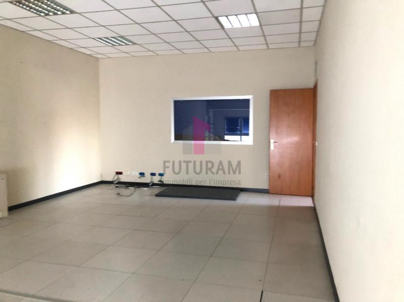 UFFICIO___ LIMENA CENTRO - https://images.gestionaleimmobiliare.it/foto/annunci/190124/1918374/800x800/002__3_risultato.jpg