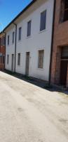 Porzione di casa a schiera centrale al grezzo ad Albettone.
