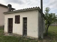 Casa accostata con oltre 70mila mq di terreno agricolo