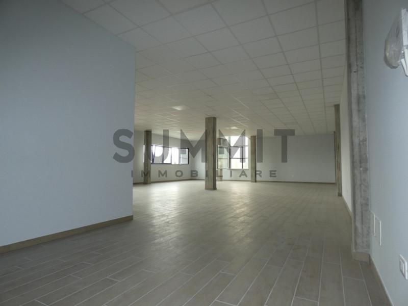 Ufficio / Studio in affitto a Santorso, 1 locali, zona Località: Santorso, prezzo € 1.500 | CambioCasa.it