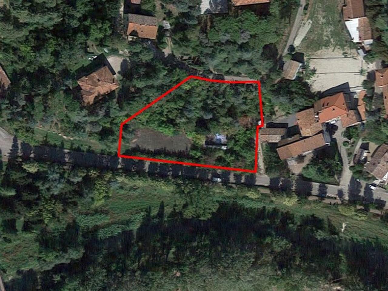 Terreno in parte edificabile con ex Centro Sportivo