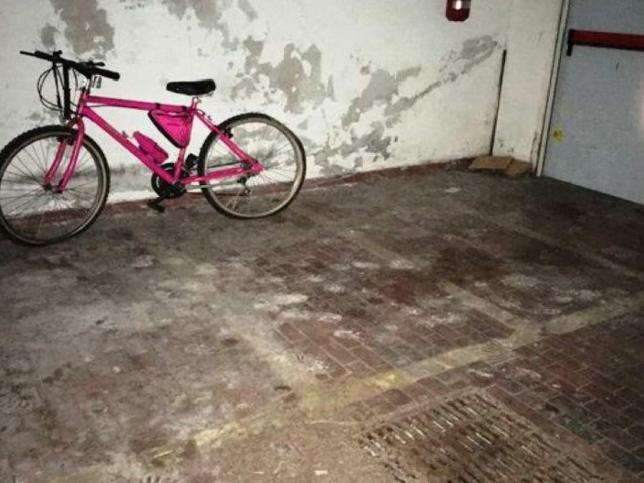 Posto moto coperto in edificio condominiale (Sub 532)