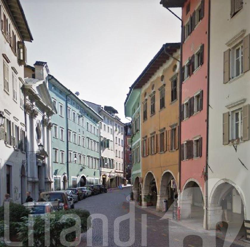 Trento, centro storico: Quadrilocale