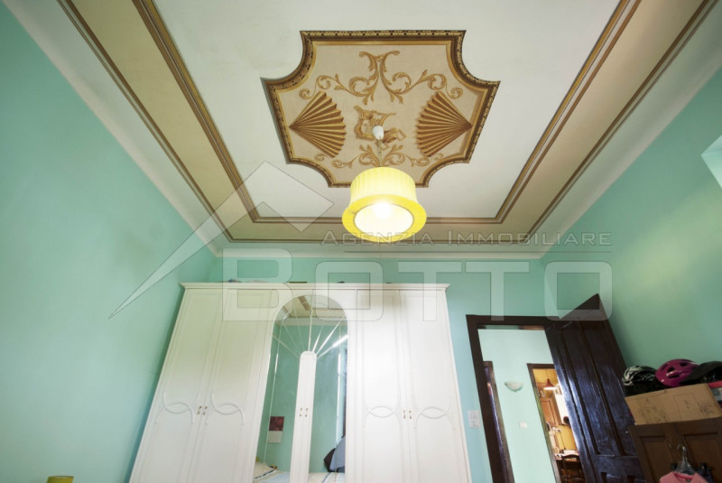 Villa indipendente in vendita alle Piane di Serravalle Sesia