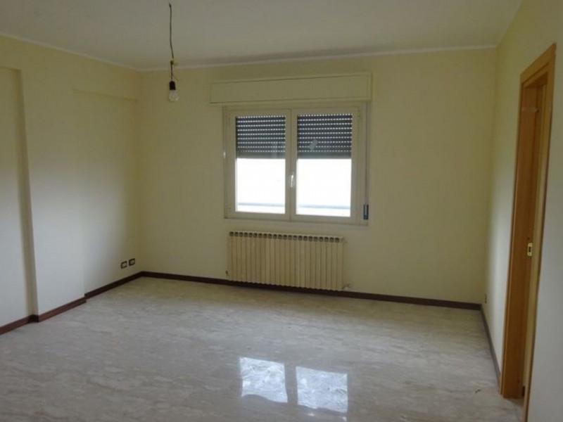 Vendita Appartamento Carassai