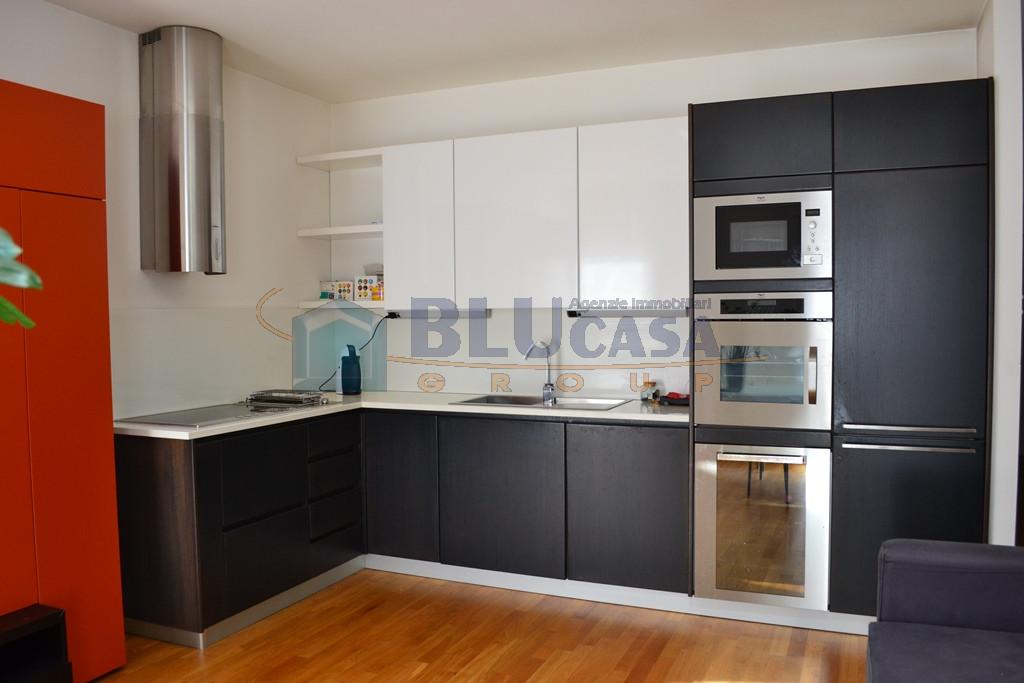 A384 Padova Centro Largo Europa Mini appartamento locato con ottima rendita! https://images.gestionaleimmobiliare.it/foto/annunci/190627/2025565/1280x1280/002__dsc_0021.jpg