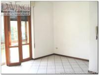 Vigonovo Centro: Piano rialzato trilocale ristrutturato con cortile condominiale