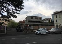 Autorimessa-Posti auto a Brescia