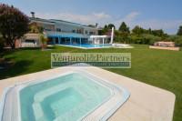 Villa in vendita a Padenghe sul Garda