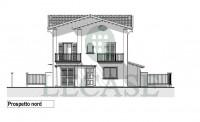 Cinquale villa bifamiliare con giardino, domotica, solare termico e fotovoltaico.