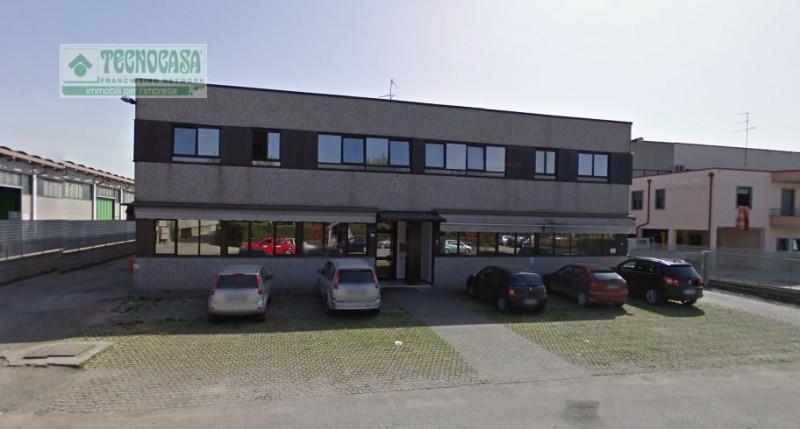 Capannone in affitto a Sona, 9999 locali, zona Località: Sona, prezzo € 4.300   CambioCasa.it