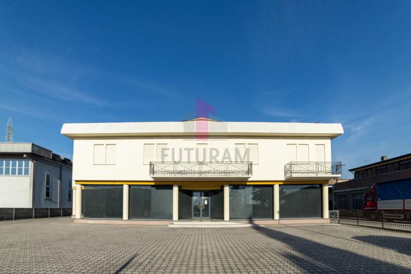 Capannone in vendita a Carmignano di Brenta - https://images.gestionaleimmobiliare.it/foto/annunci/190920/2072021/800x800/000__1_risultato.jpg