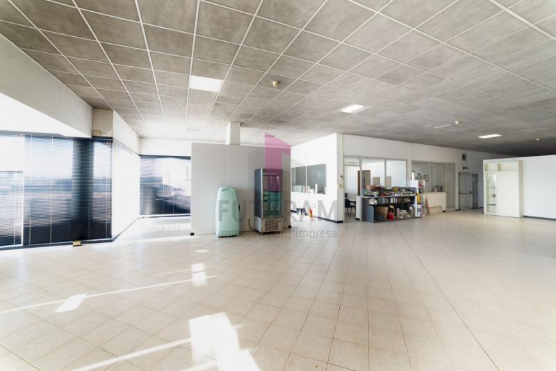 Capannone in vendita a Carmignano di Brenta - https://images.gestionaleimmobiliare.it/foto/annunci/190920/2072021/800x800/011__9_risultato.jpg