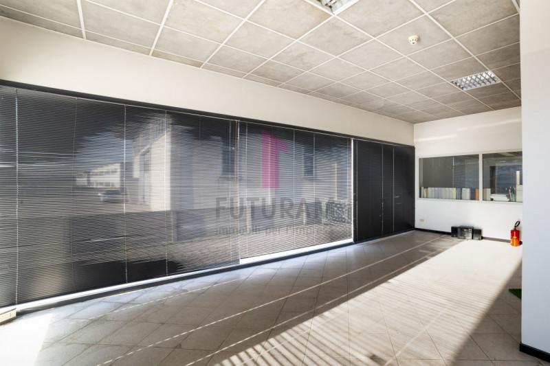 Capannone in vendita a Carmignano di Brenta - https://images.gestionaleimmobiliare.it/foto/annunci/190920/2072021/800x800/012__9a_risultato.jpg