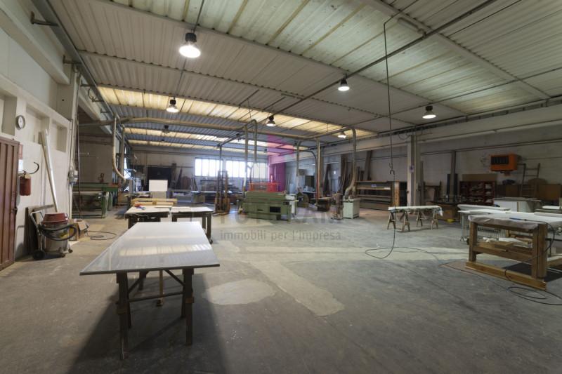 Capannone in vendita a Carmignano di Brenta - https://images.gestionaleimmobiliare.it/foto/annunci/190920/2072021/800x800/019__9f_risultato.jpg