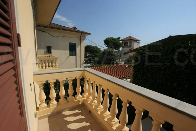 Appartamento vista mare in vendita a Forte dei Marmi