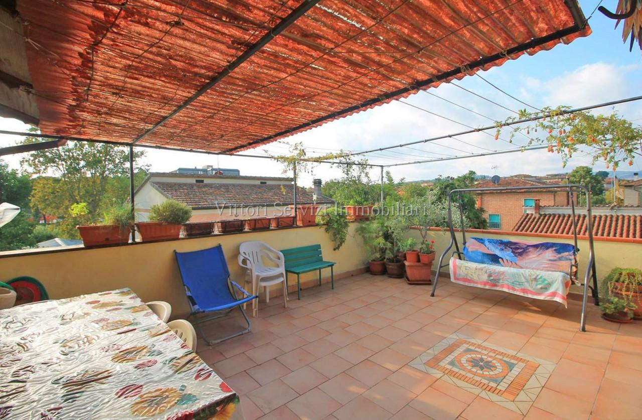 Appartamento con terrazza panoramica a Torrita di Siena (SI)