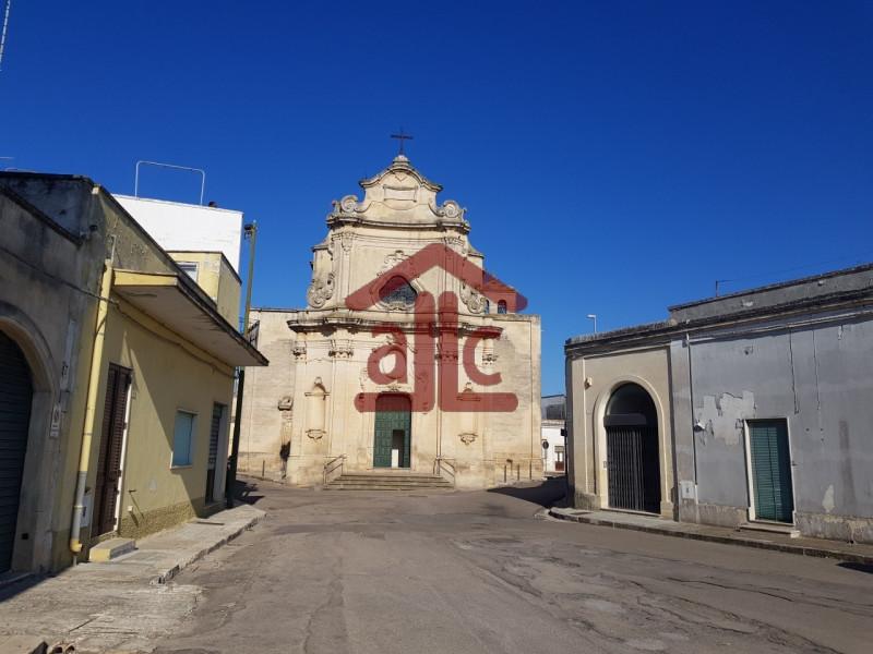 Villa in vendita a Castri di Lecce, 2 locali, zona Località: Castri di Lecce - Centro, prezzo € 35.000 | CambioCasa.it