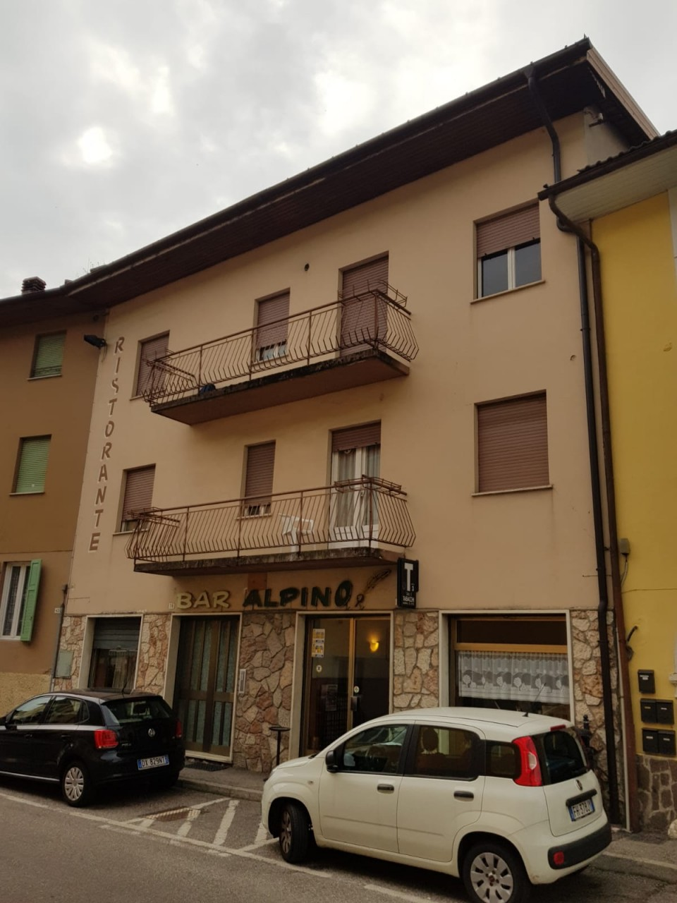 Portion of house in Levico Terme with bar and tobacconist's license
