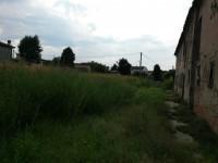 Rustico con ampio giardino e annesso lotto edificabile
