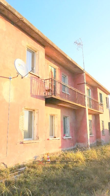 CAVARZERE: Casa singola immersa nel verde