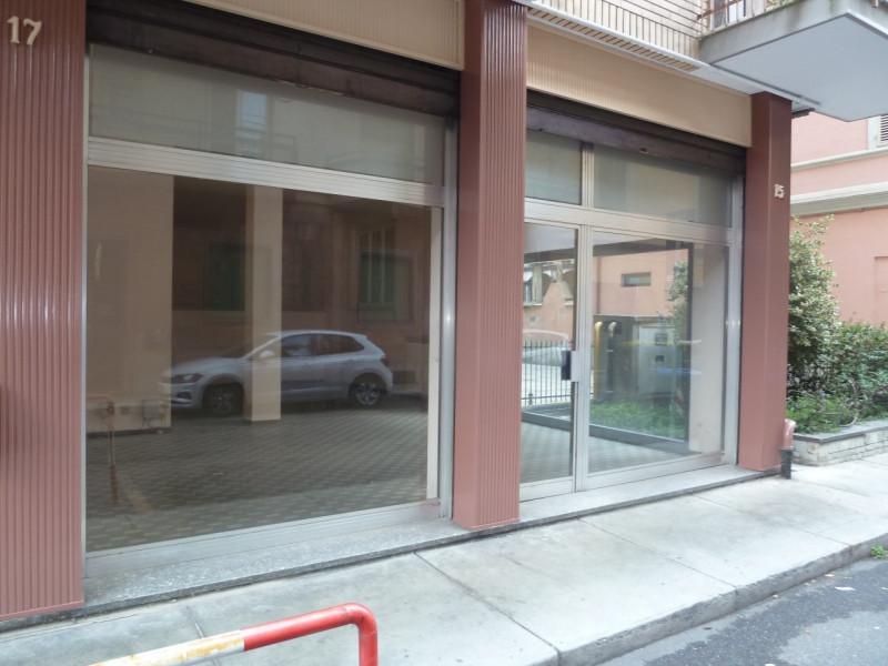 Negozio / Locale in affitto a Casale Monferrato, 9999 locali, zona Località: Casale Monferrato, prezzo € 400 | CambioCasa.it