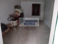 POLPENAZZE DEL GARDA, porzione di casa da ristrutturare in centro paese.