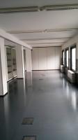 Immobile così suddiviso: mq 654 ca. al piano seminterrato e mq 150 ca. al piano terra. Uffici lumin