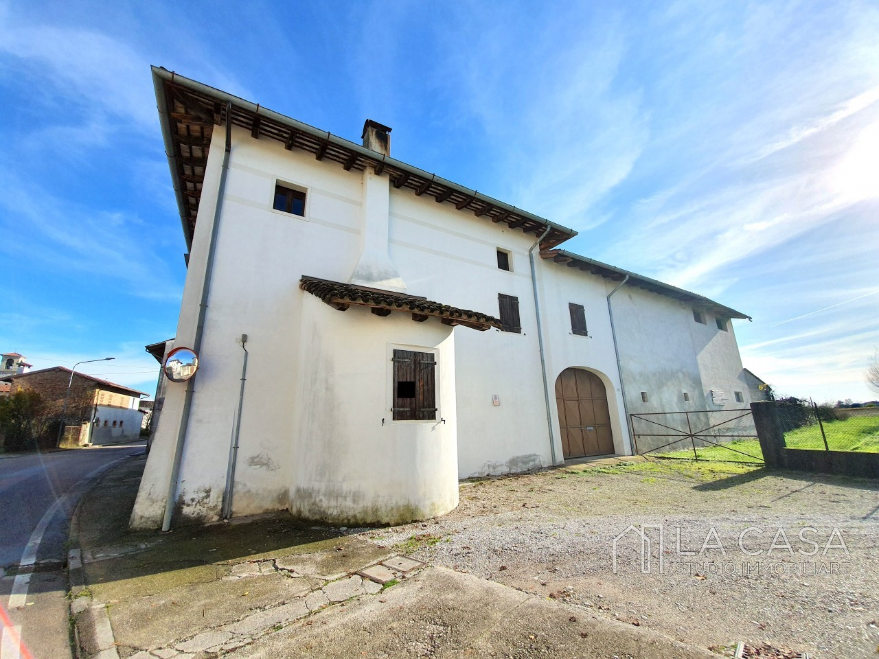 Casa indipendente in Linea - Rif.C6 https://images.gestionaleimmobiliare.it/foto/annunci/191125/2114313/1280x1280/002__20191125_121102_wmk_0.jpg