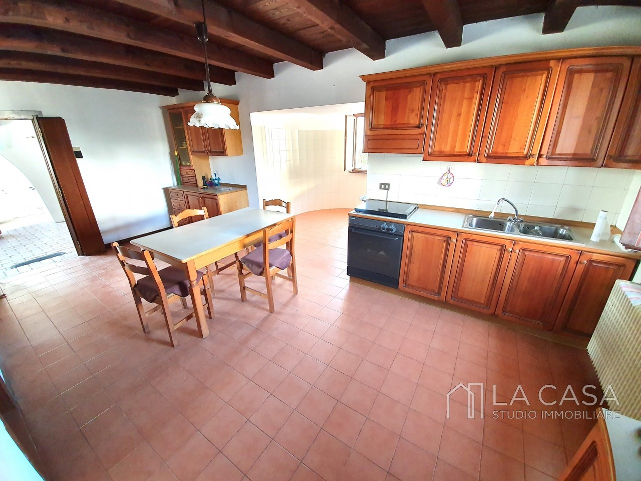 Casa indipendente in Linea - Rif.C6 https://images.gestionaleimmobiliare.it/foto/annunci/191125/2114313/1280x1280/004__20191125_115523_wmk_0.jpg