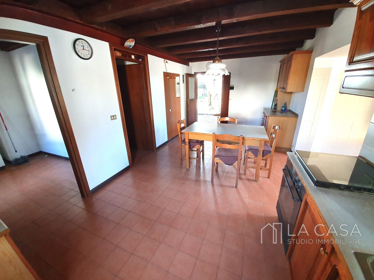 Casa indipendente in Linea - Rif.C6 https://images.gestionaleimmobiliare.it/foto/annunci/191125/2114313/1280x1280/005__20191125_115643_wmk_0.jpg