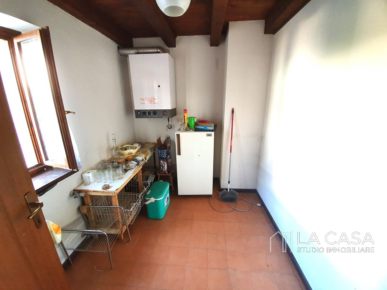 Casa indipendente in Linea - Rif.C6 https://images.gestionaleimmobiliare.it/foto/annunci/191125/2114313/1280x1280/012__20191125_115650_wmk_1.jpg