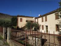 Monselice zona Montericco casa formata da due abitazioni con terreno e annessi