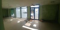 TRATTATIVA RISERVATA. Vendesi negozio open space  in Cinisello Balsamo di mq 180 ca. Molto luminoso