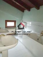 Casa singola con ampio terreno e vista sul golfo di Salò