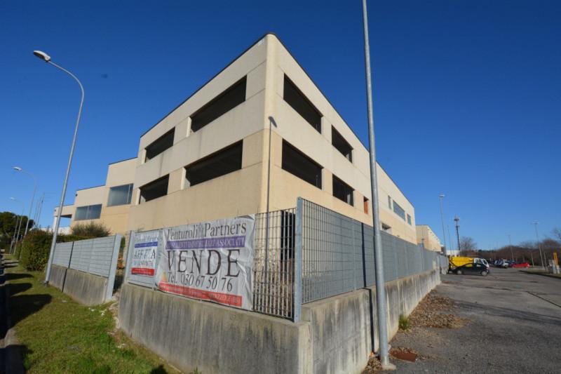 Ufficio / Studio in affitto a Bedizzole, 9999 locali, prezzo € 5.600 | PortaleAgenzieImmobiliari.it