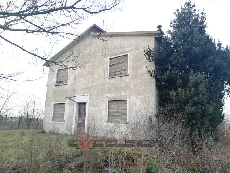 GAVELLO: casa singola