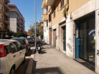 LOCALE COMMERCIALE IN ZONA APPIO LATINO / FURIO CAMILLO
