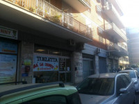 Locale Commerciale in zona Appio Claudio