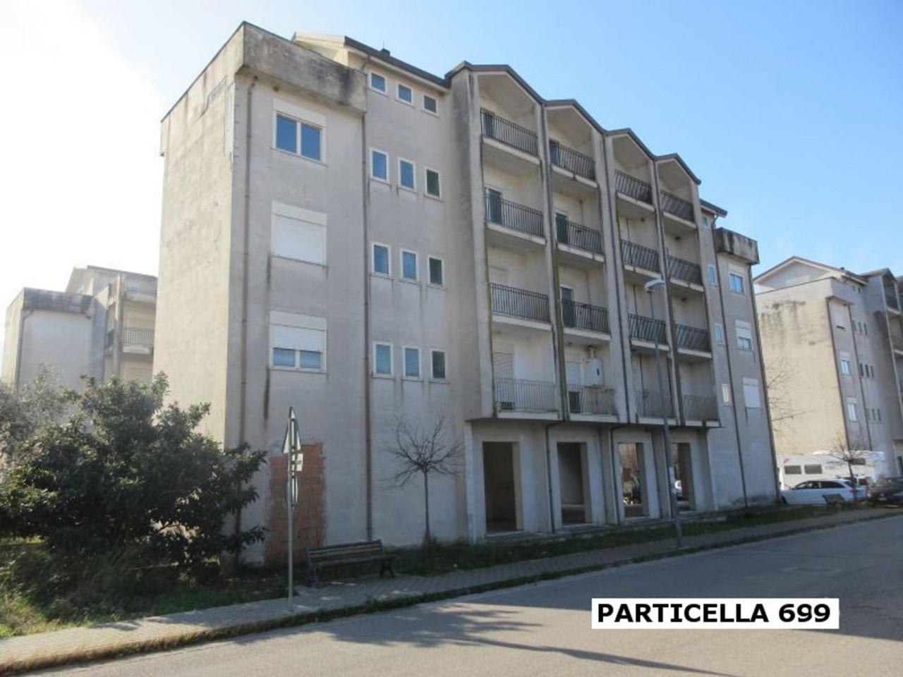 Palazzina residenziale al grezzo avanzato (part 699)