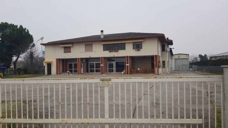 Capannone in vendita a Ospedaletto Euganeo, 6 locali, prezzo € 660.000 | CambioCasa.it