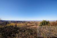 Porzione di Cascinale su tre livelli di 516 Mq con terreno di 23.000 Mq