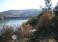 Un terreno sul lago