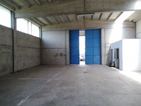 Hangar à location a Frassineto Po