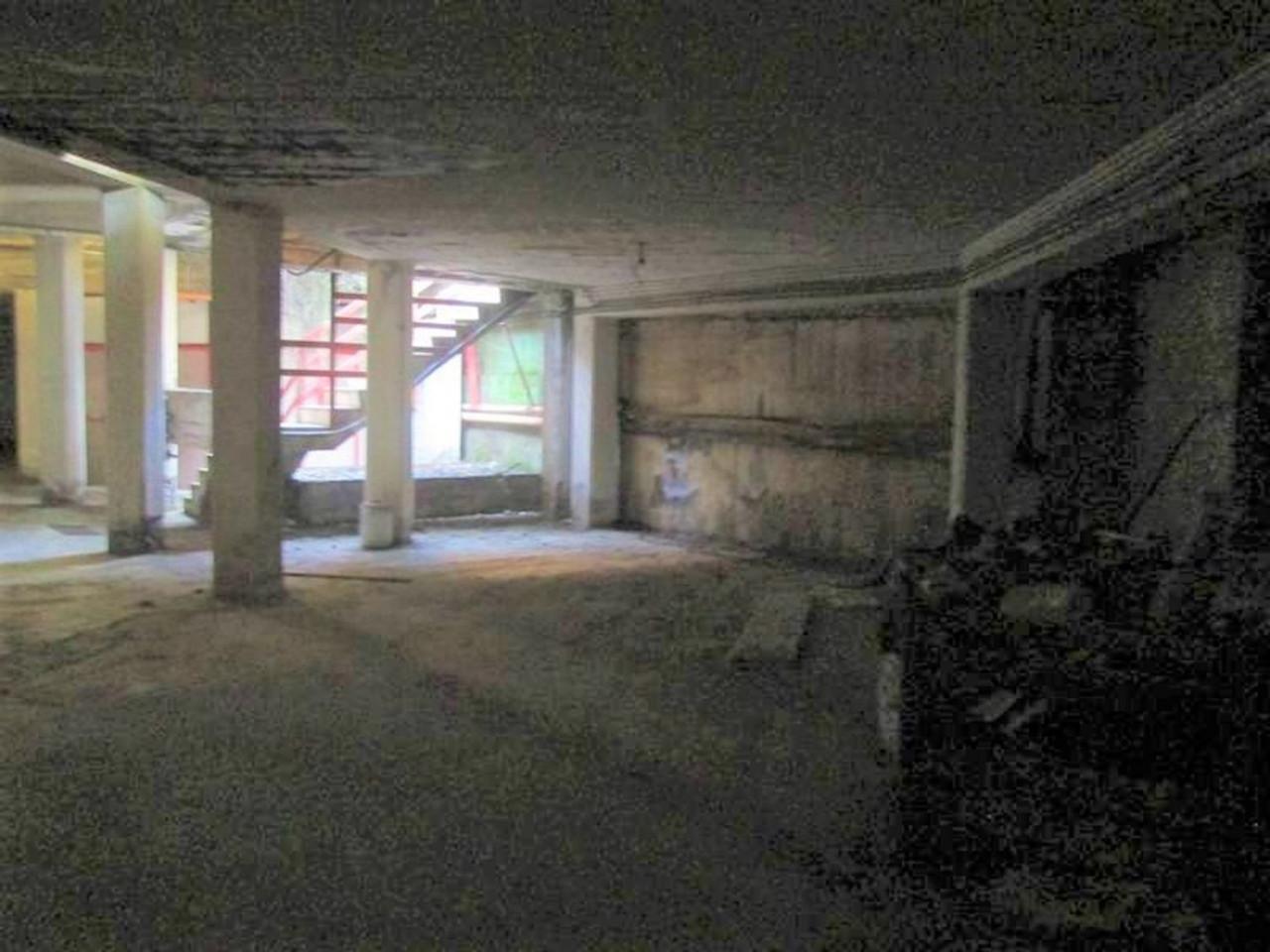 Posto auto coperto al piano interrato (sub. 130)