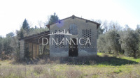 Farm for Sale in Montopoli In Val d'Arno